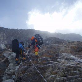manaslu climbing
