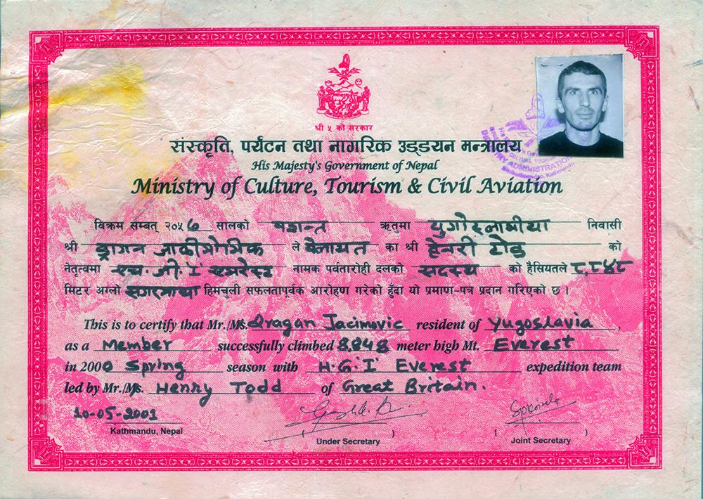 Dragan Jaćimović sertifikat o uspešnom penjanju na Mont Everest izdat od strane Ministarstva turizma Nepala